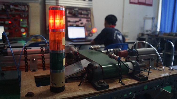 Projek Pelajar Kursus Kemahiran Mekatronik